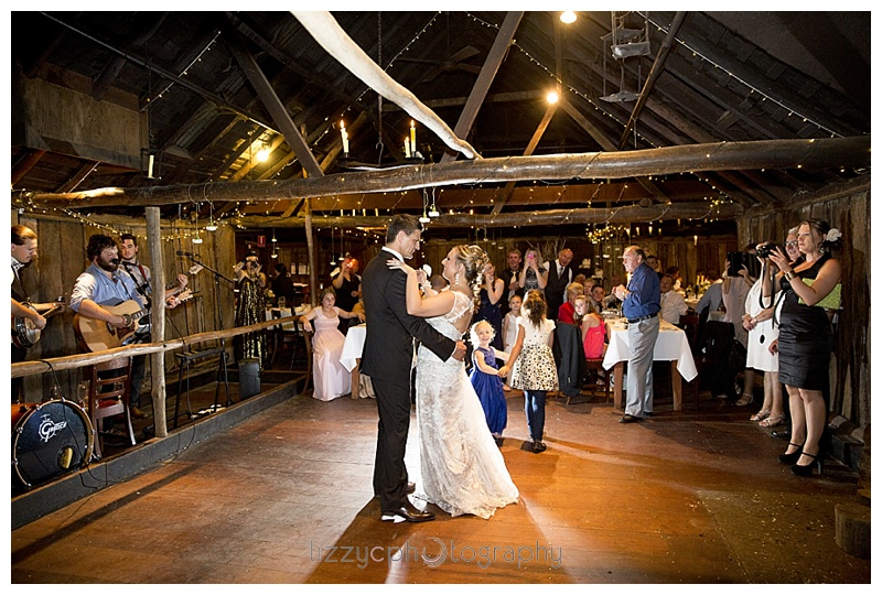 EmuBottomHomestead wedding 0052 Simone and Robs Emu Bottom Homestead Wedding
